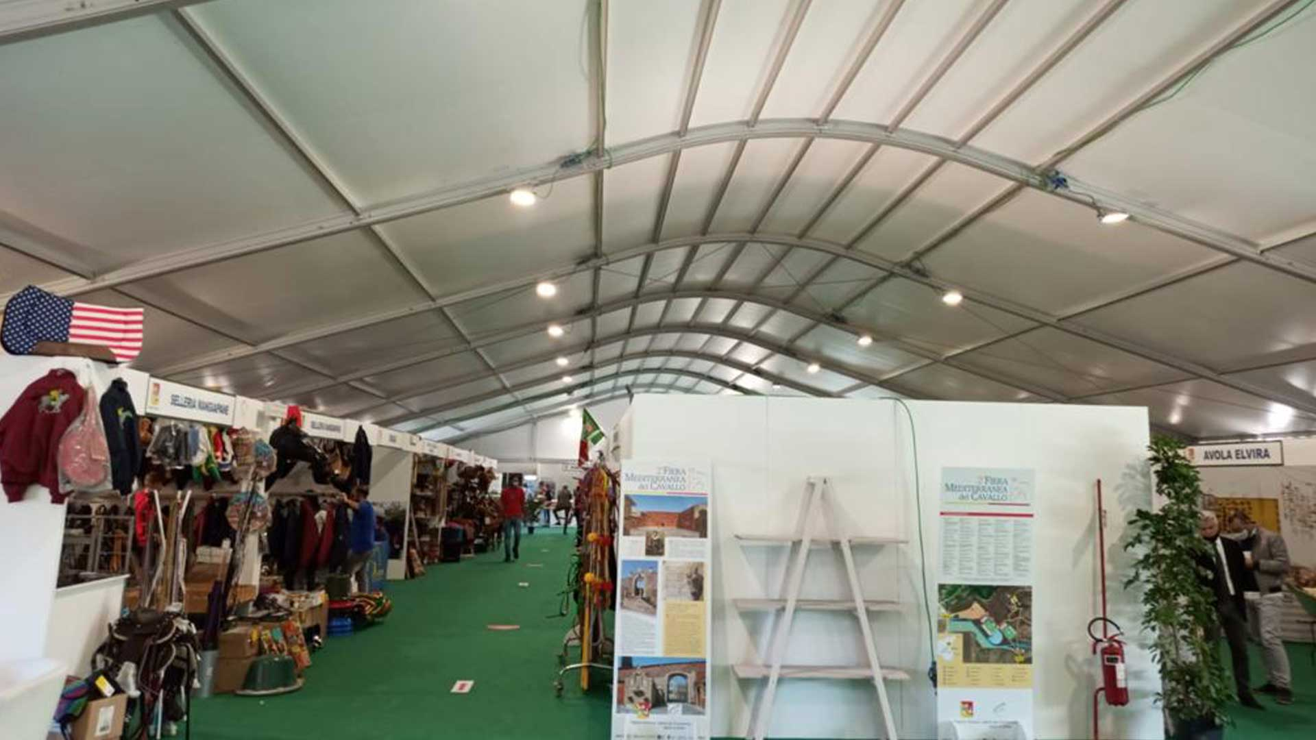 18-sport-gallery-promostand